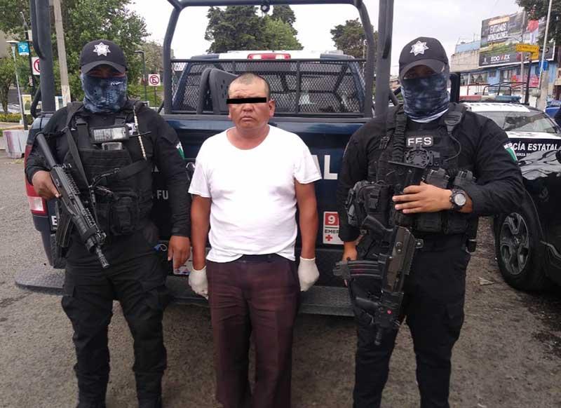 Policías detienen a posible extorsionador en Tenango del Valle