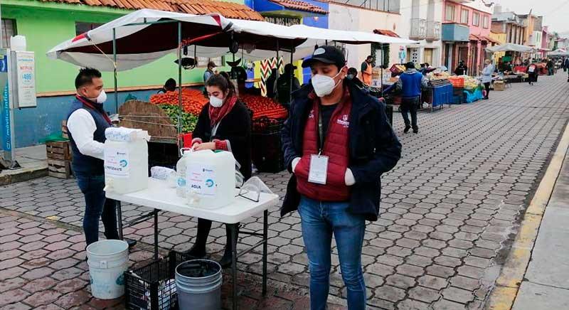Tras casi 4 meses el tianguis de Metepec reabre con estrictas medidas de sanidad