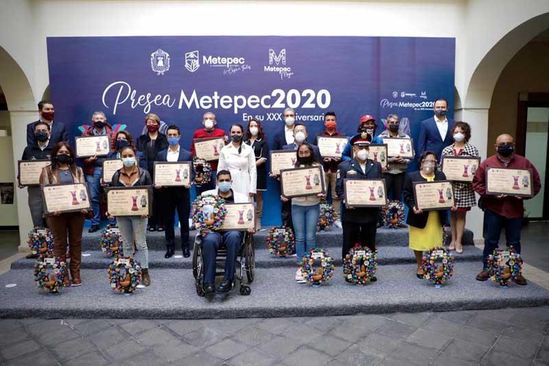 Metepec conmemora 172 aniversario y entrega preseas a ciudadanos destacados