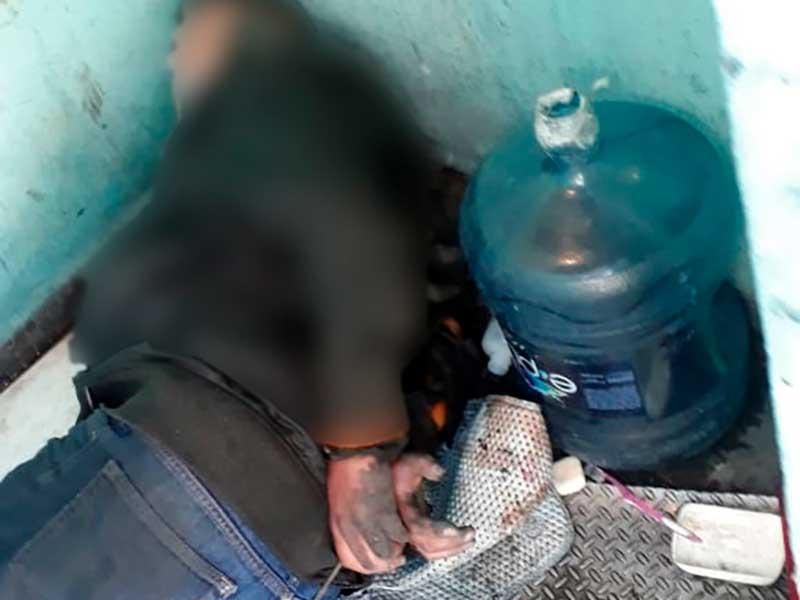 Agentes liberan a un hombre secuestrado y detienen a una mujer que lo custodiaba