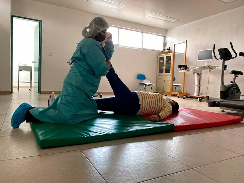 Issemym brinda rehabilitación física para pacientes post-Covid