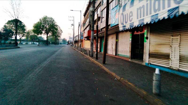 Restringen movilidad vehicular y peatonal en la zona terminal mercado de Toluca