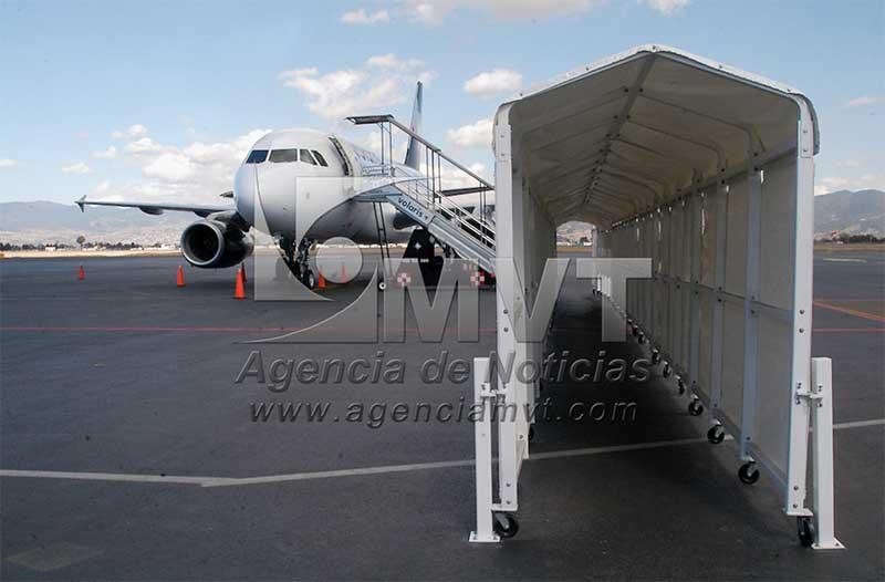 Pasajeros que viajen a EU en avión deben presentar prueba negativa de Covid-19