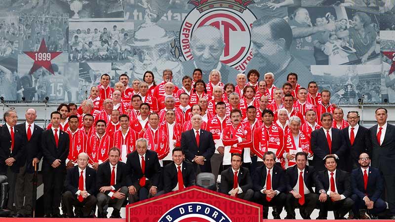 Festeja 104 años el Deportivo Toluca