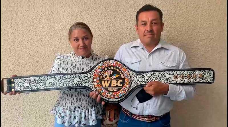 Elaboran artesanos mexiquenses el Cinturón Mestizo del Consejo Mundial de Boxeo