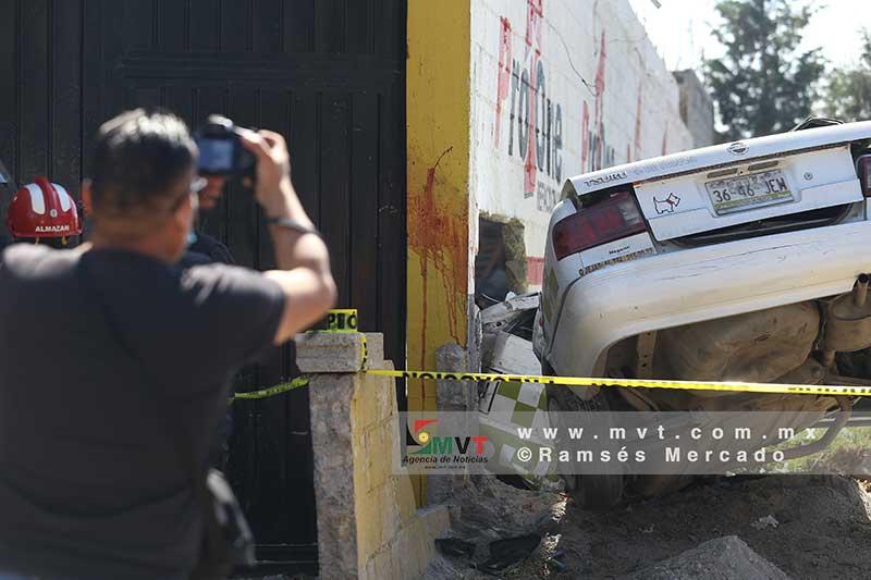 Muere la pasajera de un taxi en San Pablo Autopan Toluca