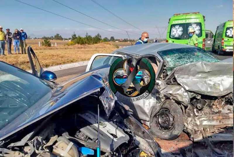Choque de frente en autopista a Valle de Bravo deja cuatro muertos y cinco lesionados