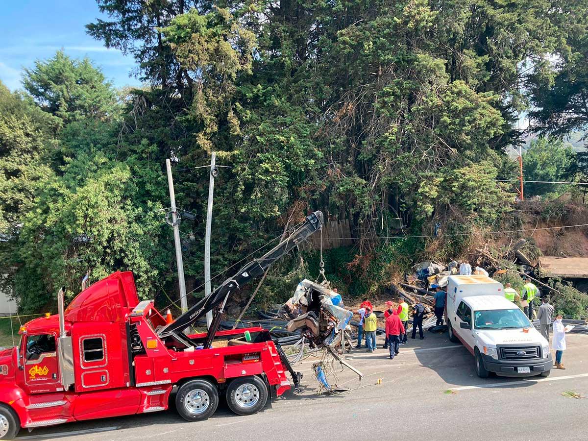 Accidente de trailer en la México - Toluca