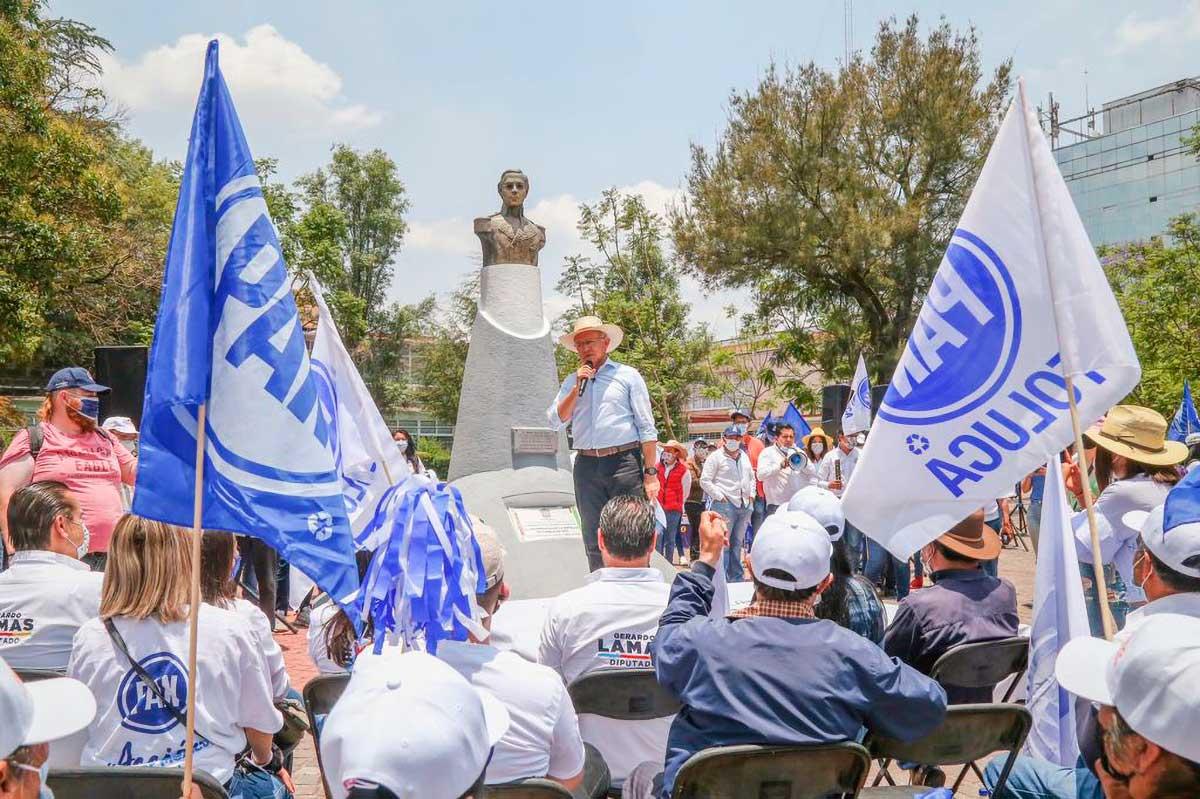 PAN refrenda apoyo a Raymundo Martínez