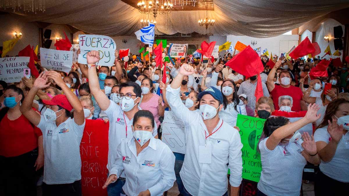 Zudikey Rodríguez Núñez retomó sus actividades de campaña en Valle de Bravo