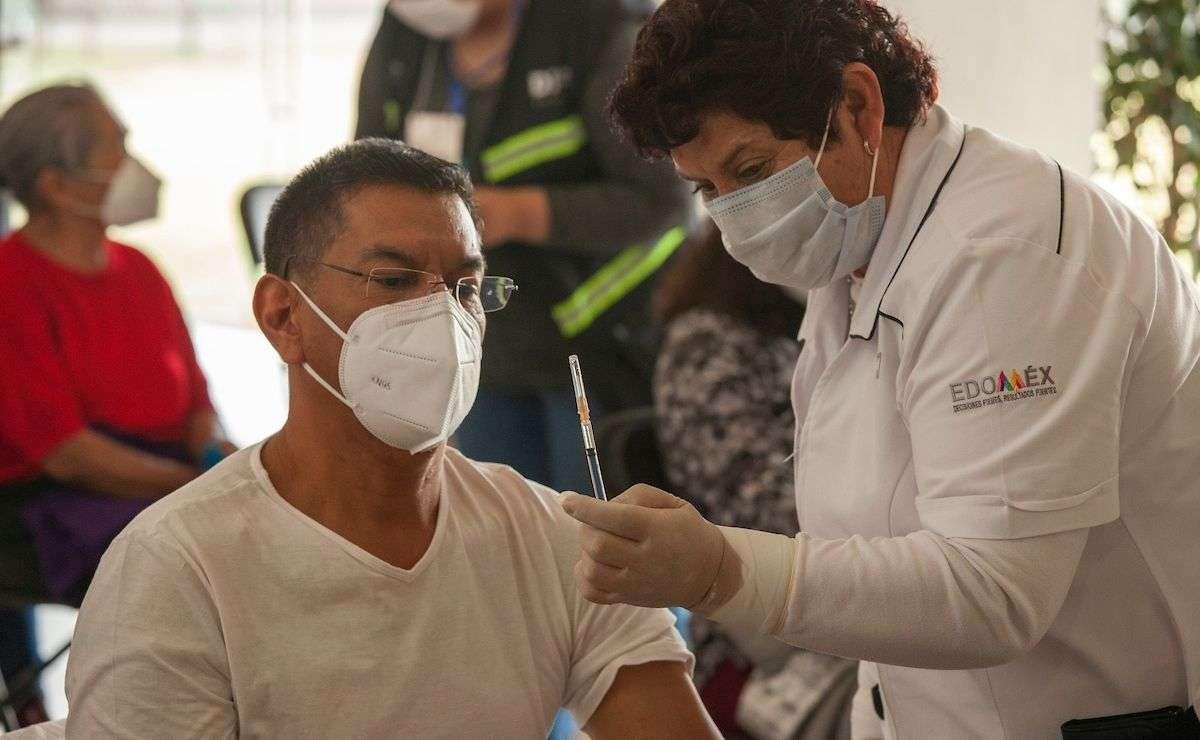 Anuncian fechas y sedes de vacunación para personas de 50 a 59 años en Edomex