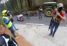 Sujetos armados asaltan a motociclistas en el Nevado de Toluca