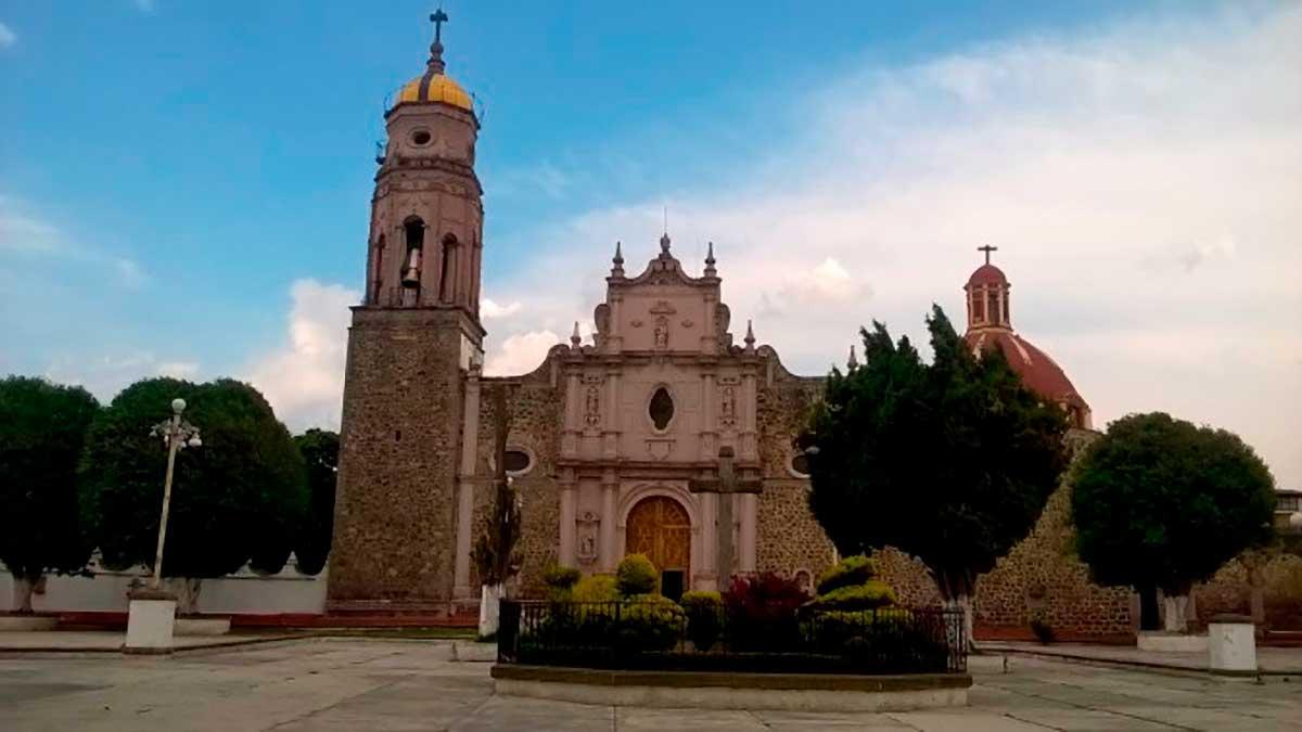 Descubre los monumentos históricos religiosos y la riqueza gastronómica de Capulhuac