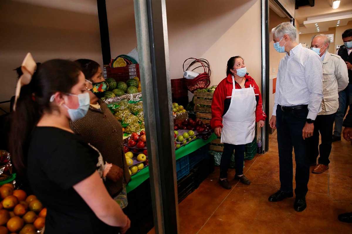 Gobernador inaugura mercado municipal en Lerma