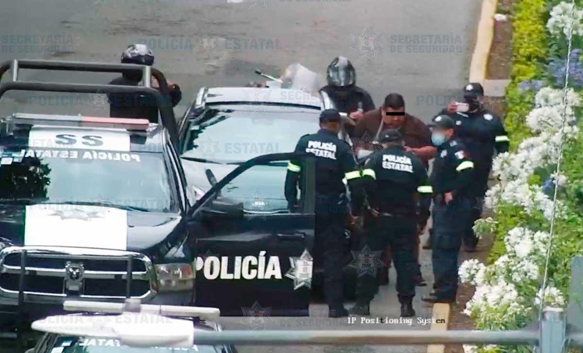 Policías detienen a guardia de seguridad por robar una casa en la colonia Ciprés de Toluca