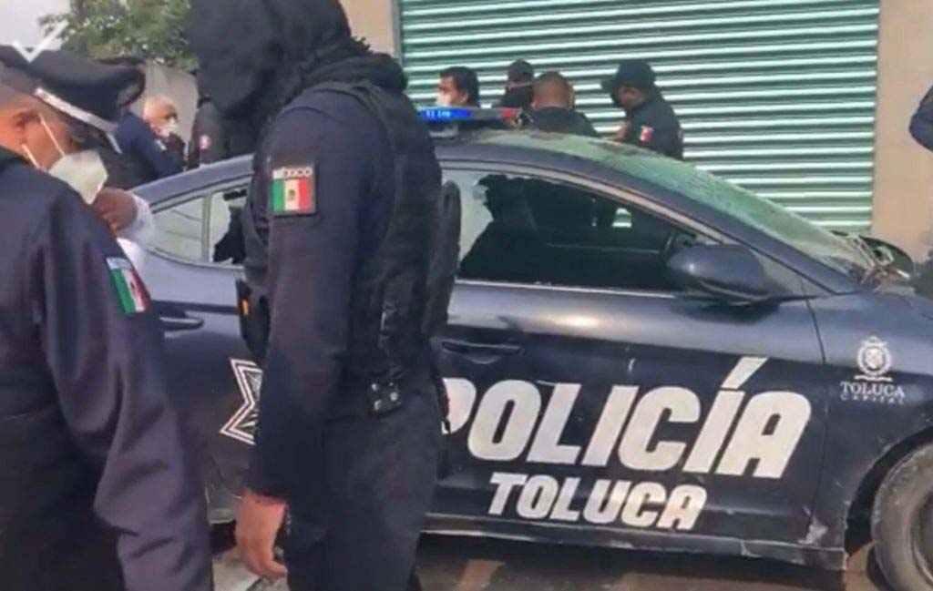 Atropellamiento de anciana desata la furia de vecinos en San Cristobal Huichochitlan