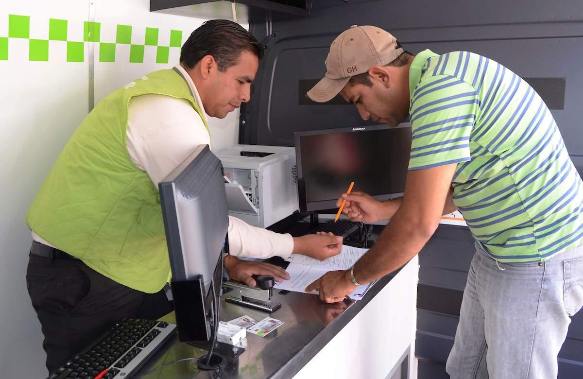 Licencias de conducir en el EdoMéx ya no podrán ser tramitadas en las unidades moviles
