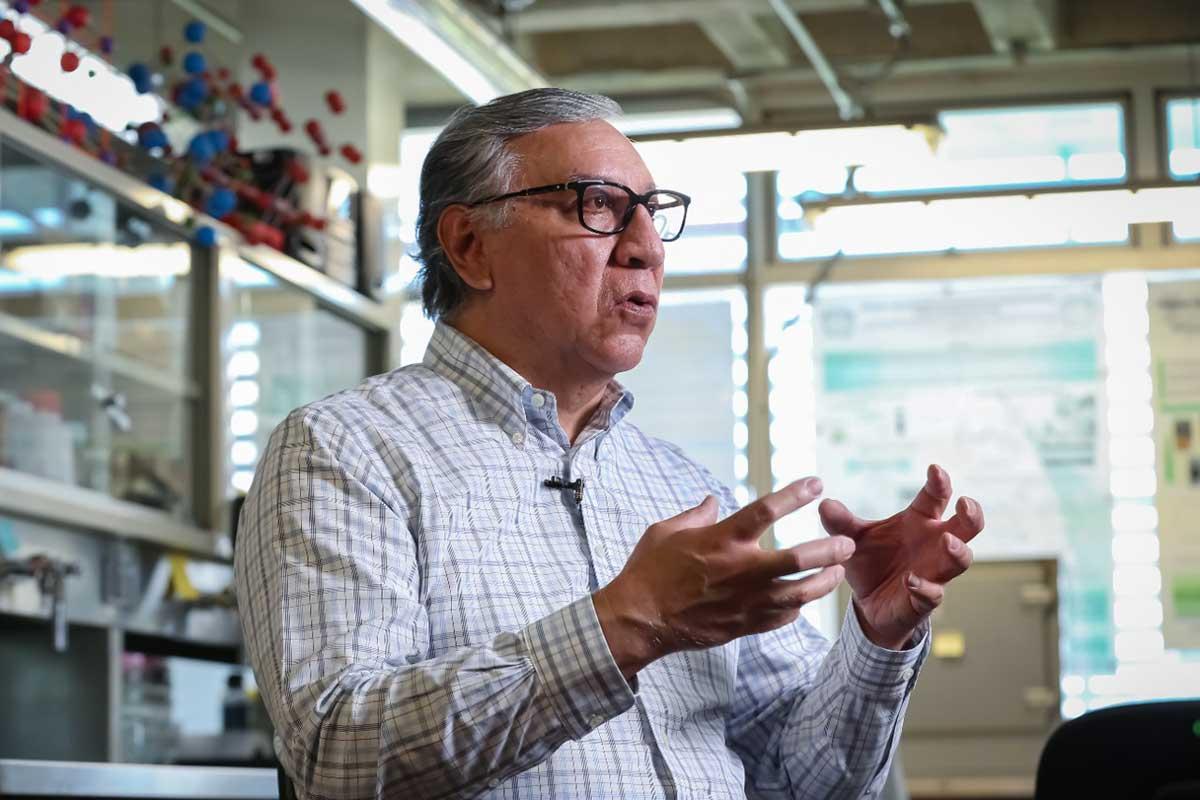 Desarrollo de energías limpias, uno de los retos para la química actual: Víctor Sánchez Mendieta