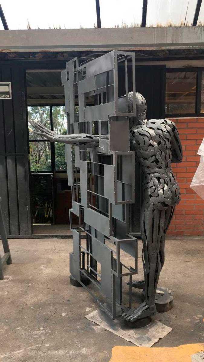 Escultura de Fernando Cano ya viaja de Toluca a Suwon, en Corea del Sur