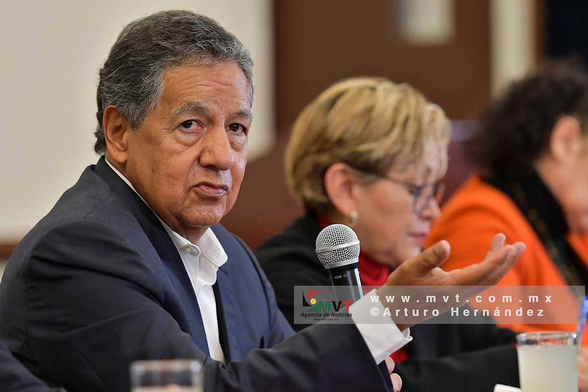 Higinio Martínez inicia recorridos por el Edomex; busca candidatura a gobernador