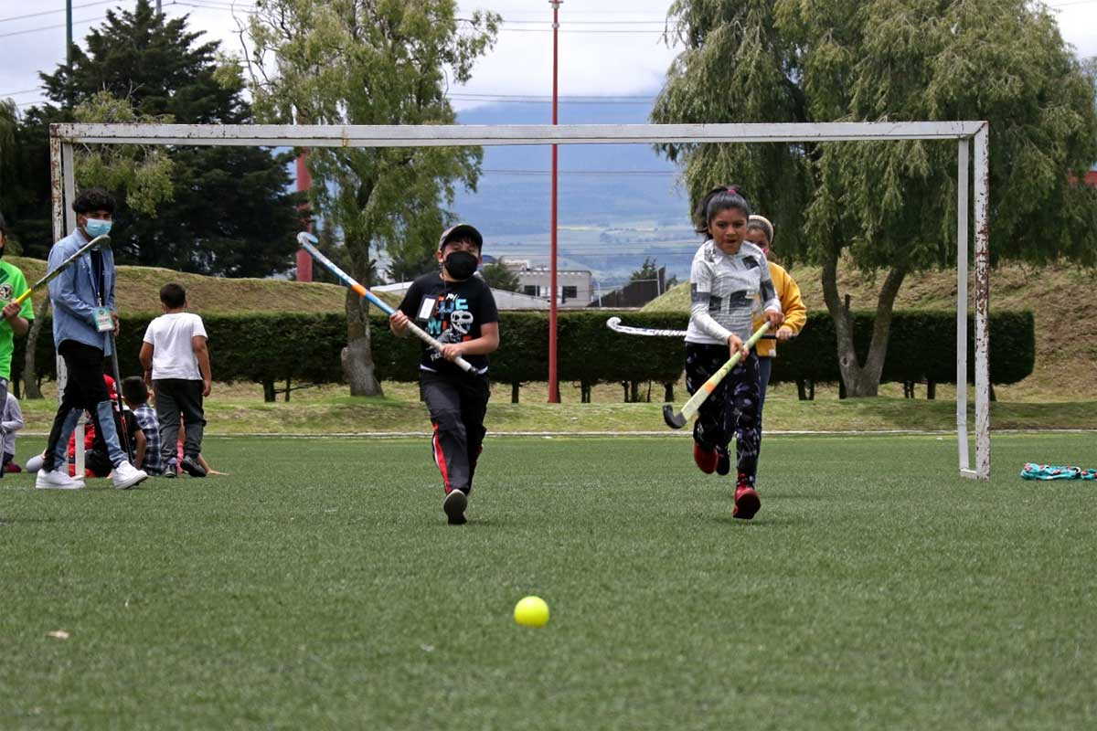Inicia actividades Centro de Formación Deportiva de Hockey sobre Pasto