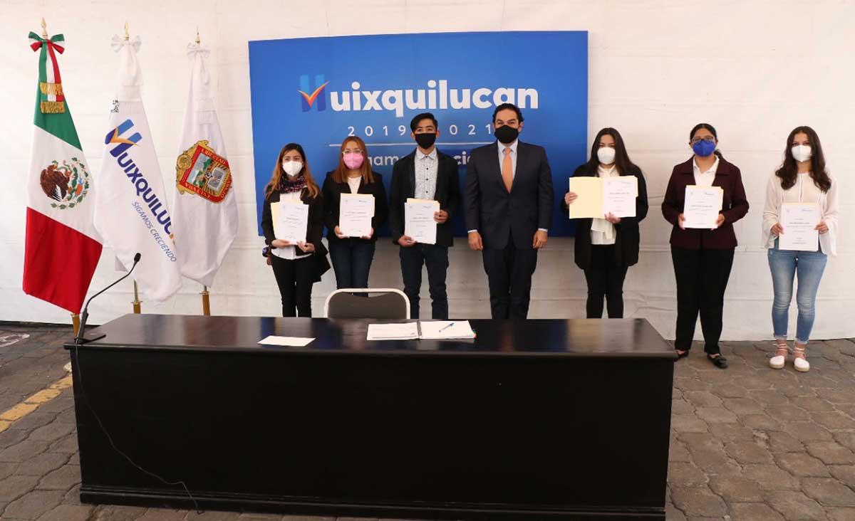 Jóvenes de Huixquilucan obtienen becas del 100 por ciento para estudiar en la Universidad Anáhuac
