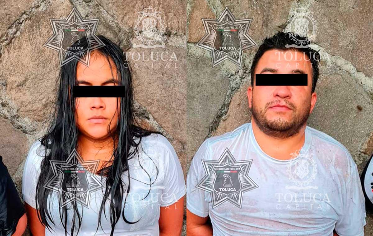 Policía de Toluca detiene a dos personas por portación de arma blanca