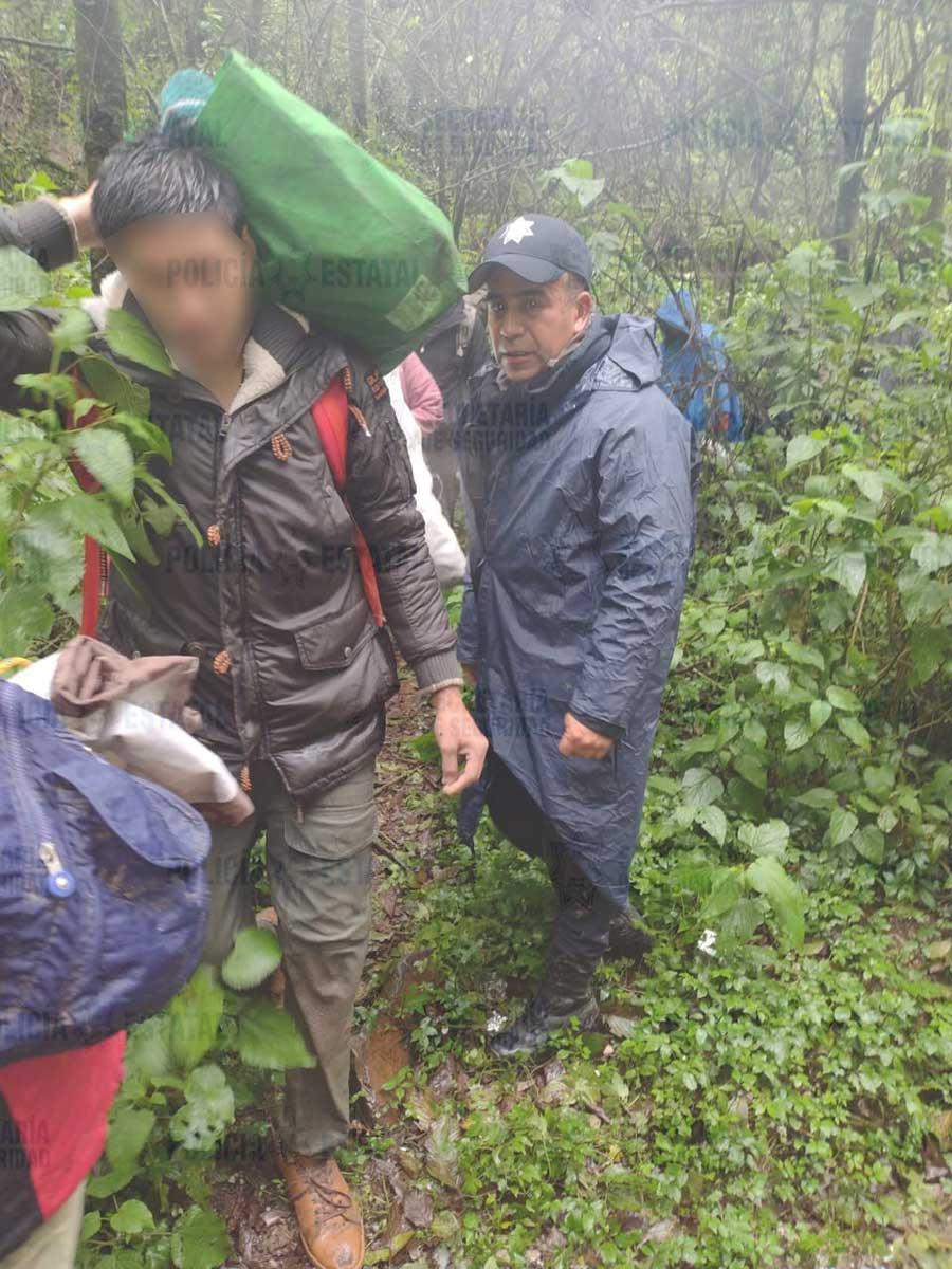 Rescata SS Edoméx a nueve personas en la Cañada de Tlanixco