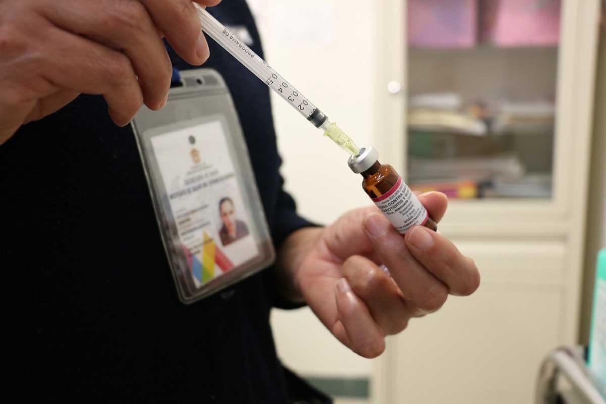 Sector Salud aplica más de 460 mil dosis de diversas vacunas