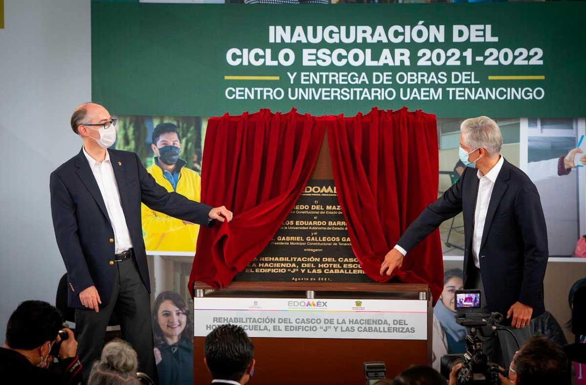 El gobernador del Estado de México, Alfredo Del Mazo Maza y el rector, Carlos Eduardo Barrera Díaz inauguraron el Ciclo Escolar 2021-2022