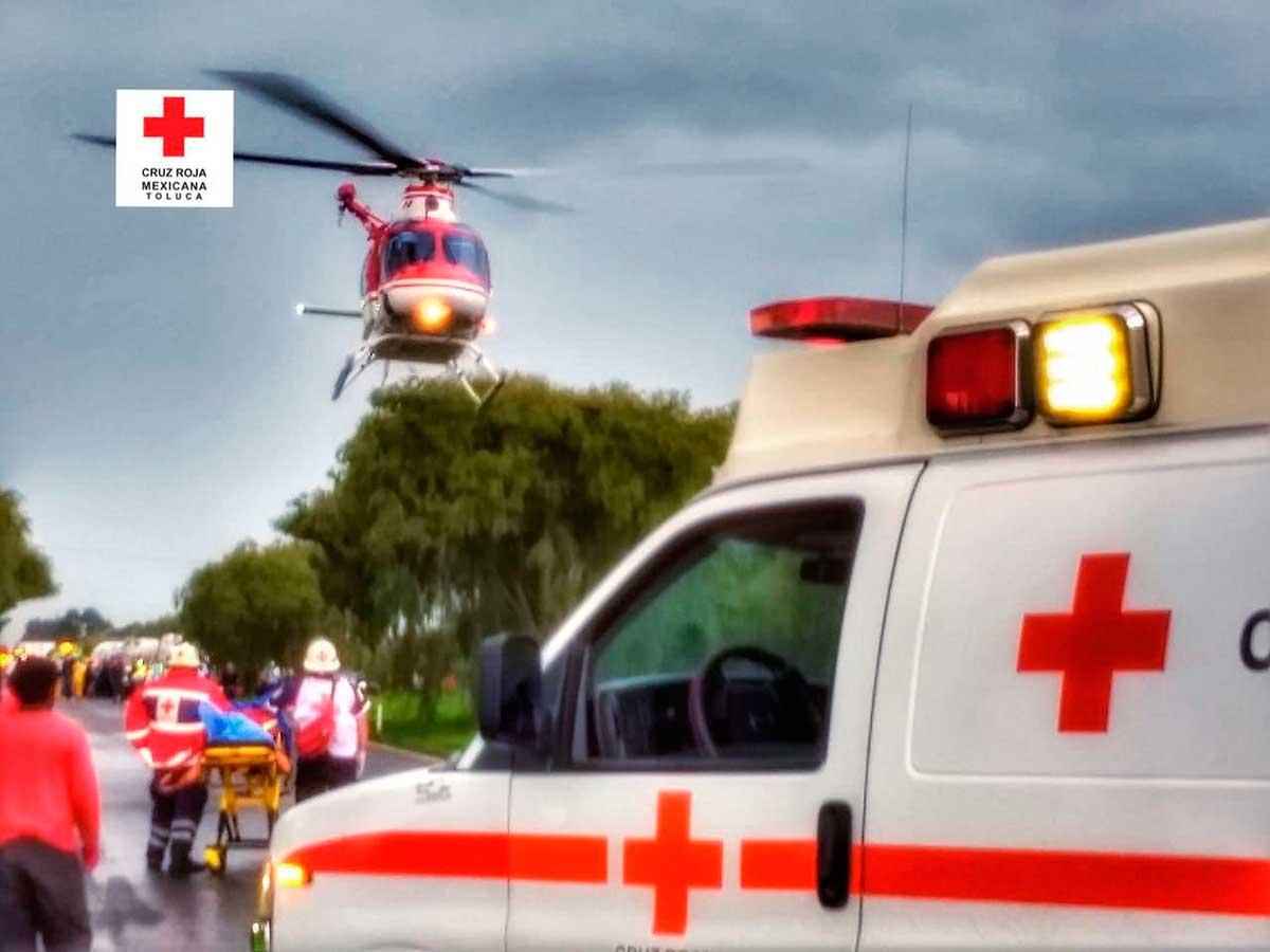 Tres lesionados por accidente antes de llegar a la caseta El Dorado
