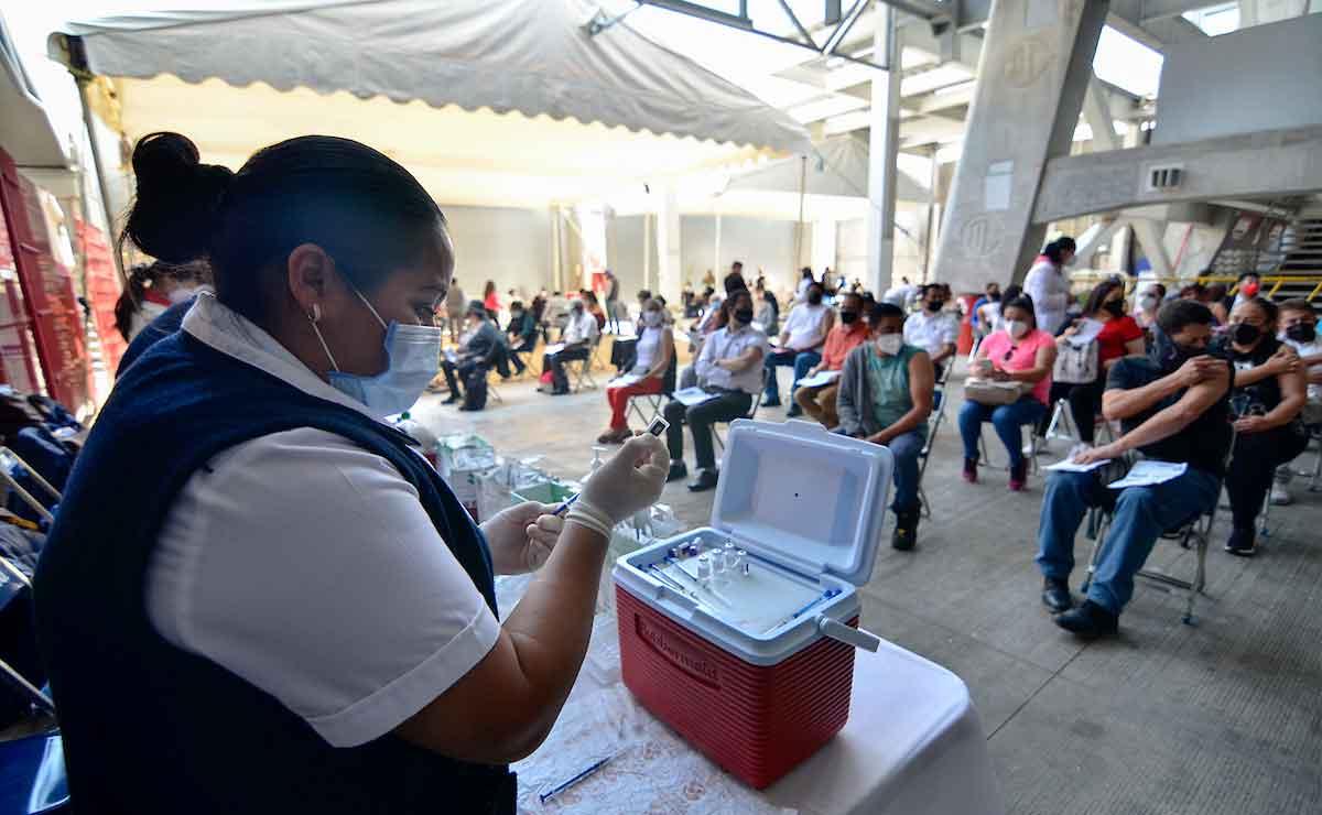 Documentos para recibir la vacuna para personas de 18 a 29 años en Edomex