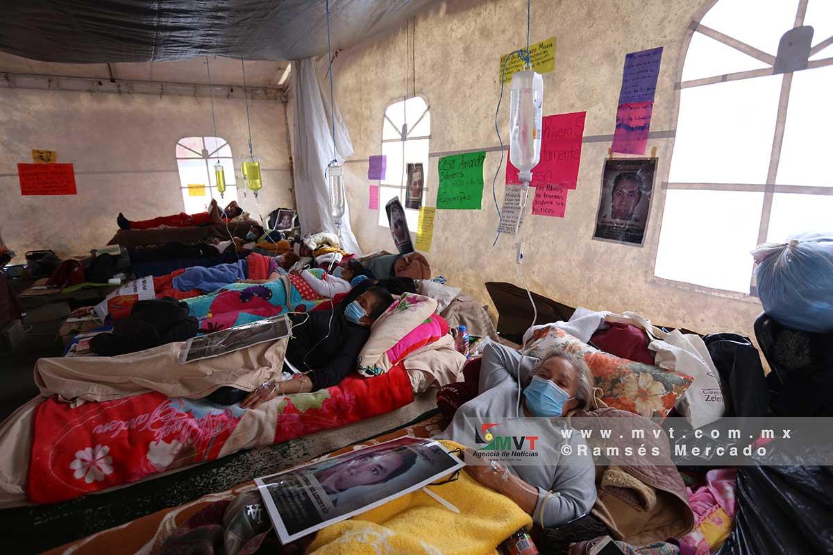 Aspecto del campamento donde se mantienen en huelga de hambre familiares de presos