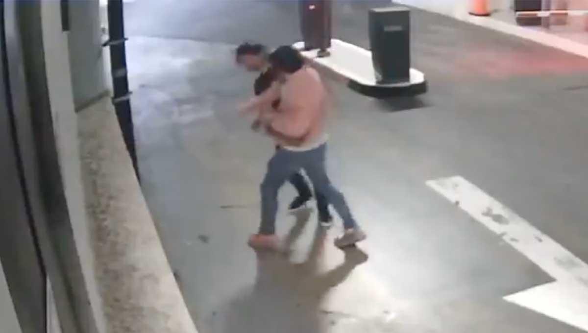 Difunden video de la agresión a Luis Miranda Barrera, sujeto le causa trauma craneal