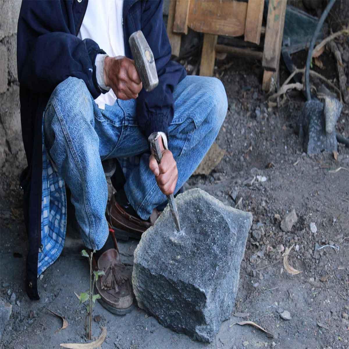Molcajete artesanía hecha en municipios del Edomex