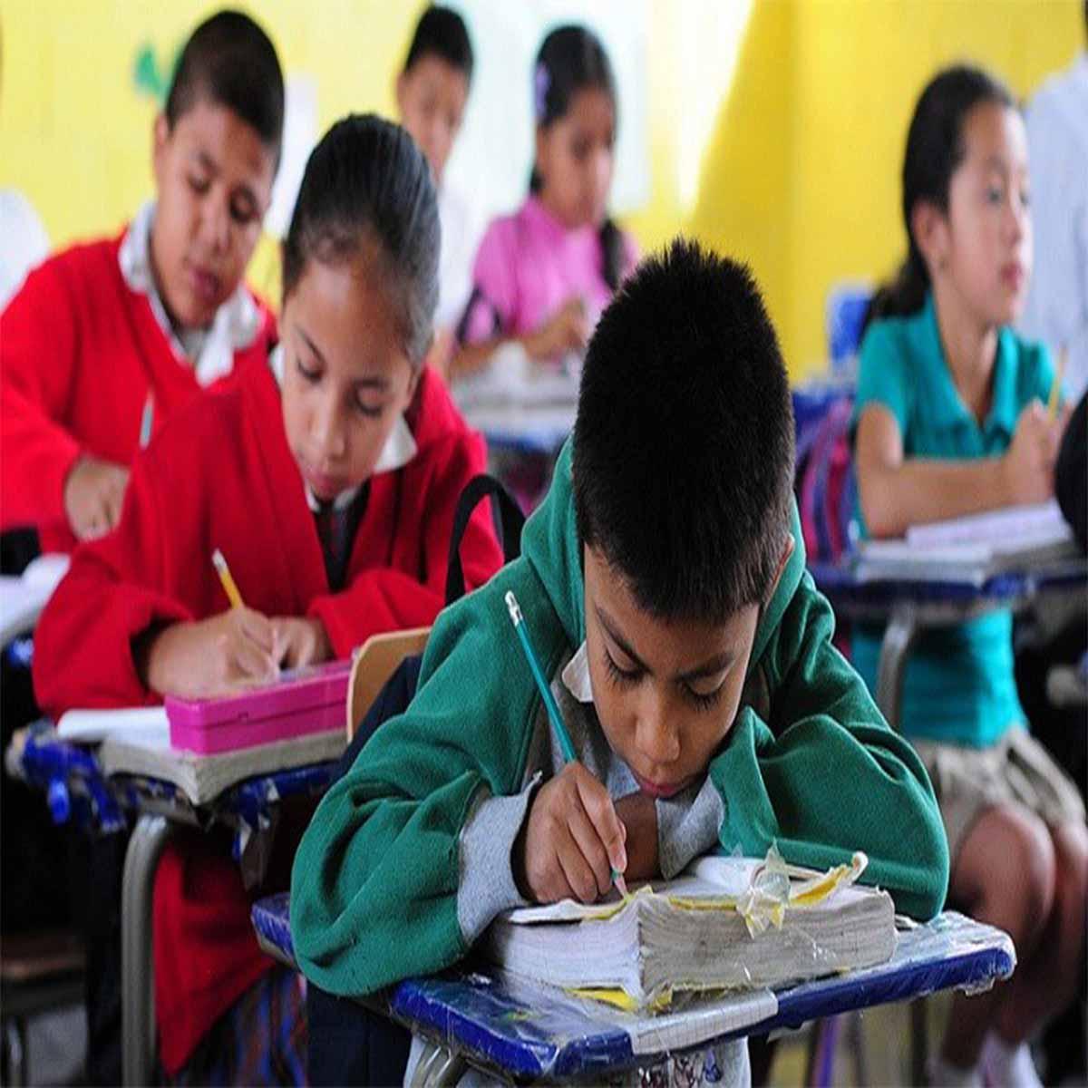 ¿Pago de cuotas una obligación en escuelas públicas del Edomex?
