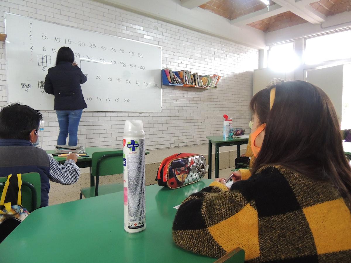 ¿Cuándo regresan a clases presenciales en el Estado de México 2021-2022?