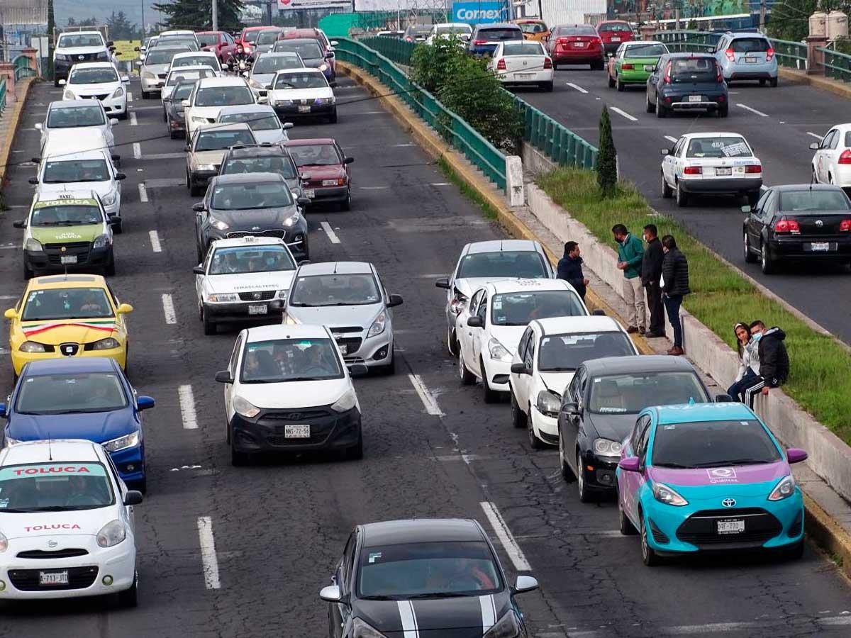 Accidente en Paseo Tollocan afectó circulación frente a clínica 220