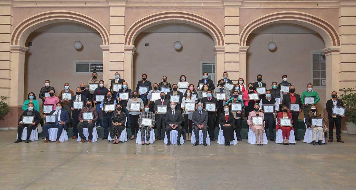 Personal universitario, ejemplo de responsabilidad social y transparencia: CEBD