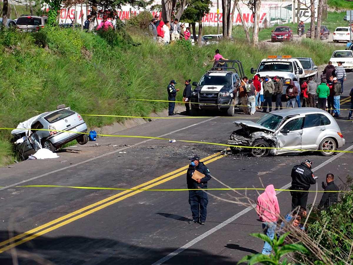 Fallecen cuatro albañiles por accidente en la Toluca - Villa Victoria