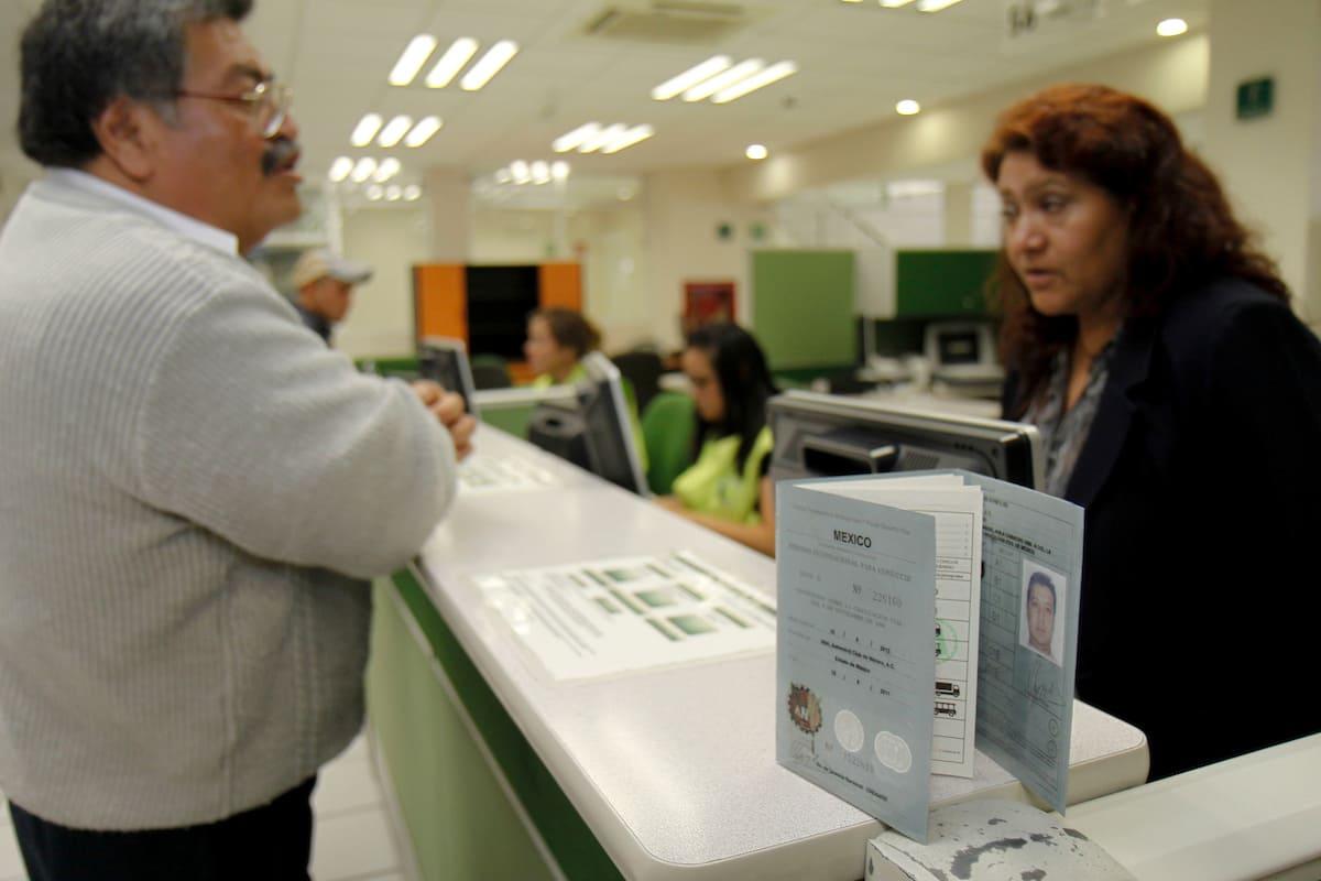 ¿Cómo puedo tramitar mi licencia de conducir en el Estado de México 2021?