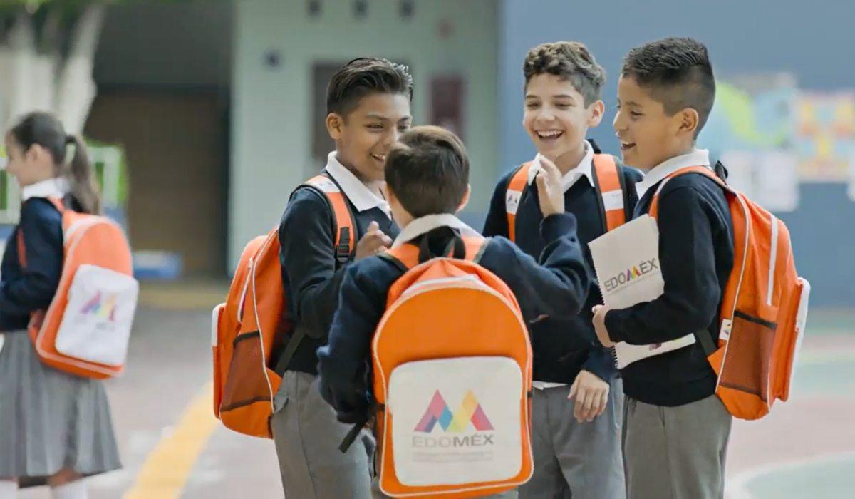 ¿Qué contiene la mochila de útiles escolares Edomex para alumnos de educación básica?
