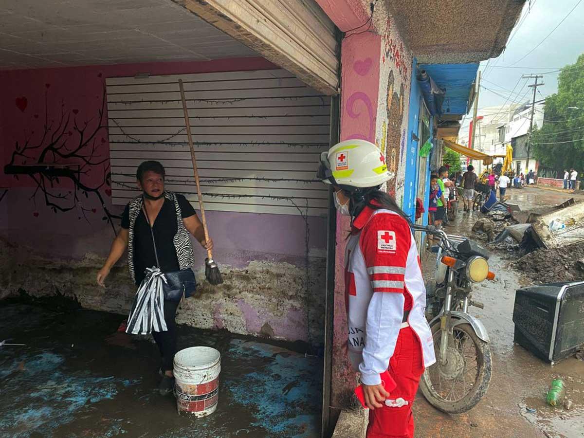 La Cruz Roja evalúa daños en zonas afectadas por inundaciones en Ecatepec