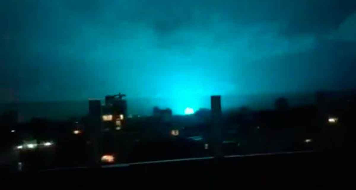 Destellos de luz durante el temblor de ayer