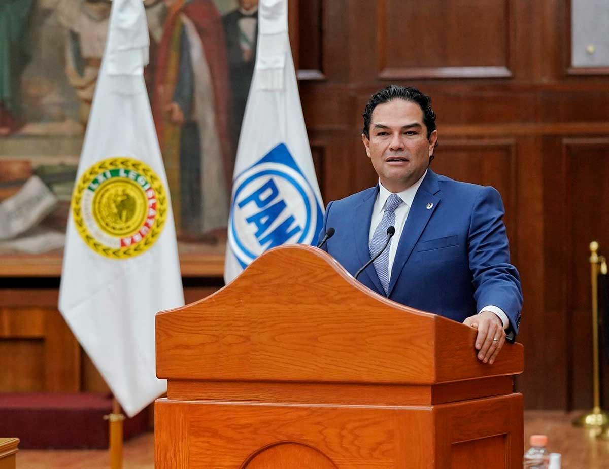 La nueva Constitución que pretende Morena, no pasará: Enrique Vargas Villar