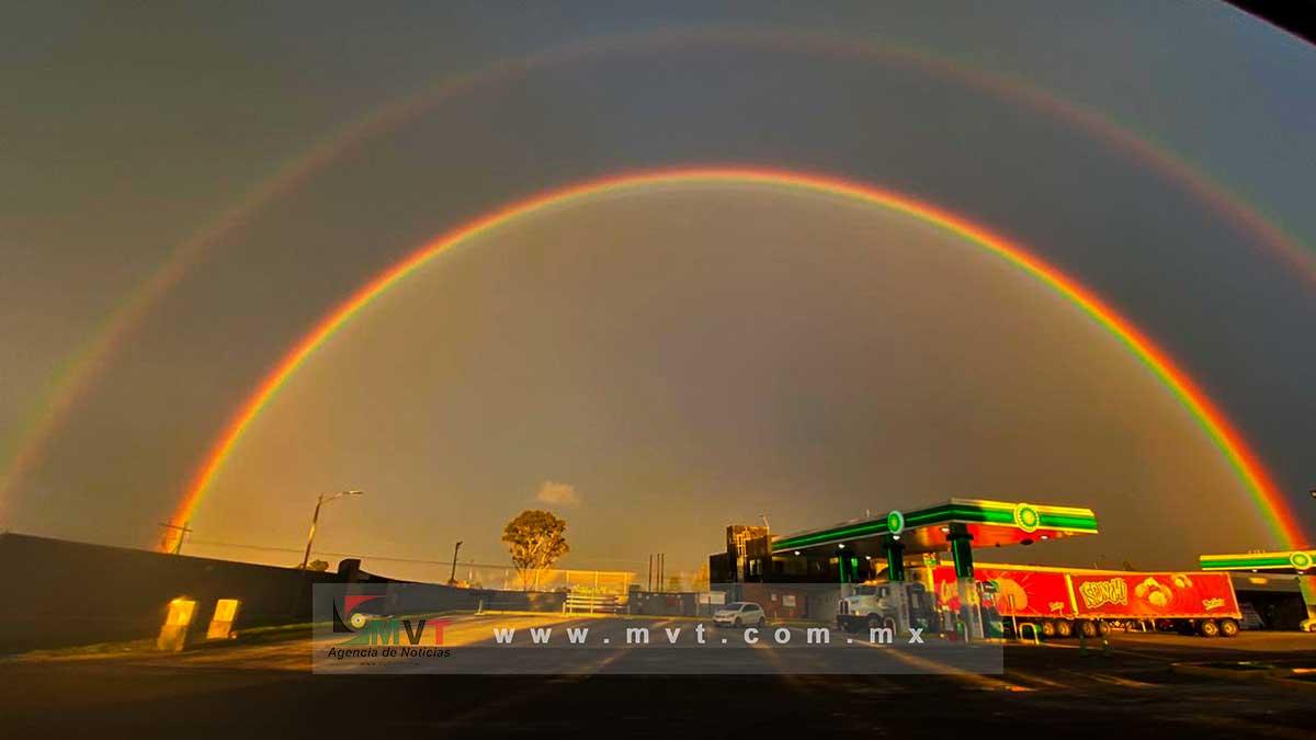 Hermoso: Un doble arcoíris se observó en la región norte de Toluca