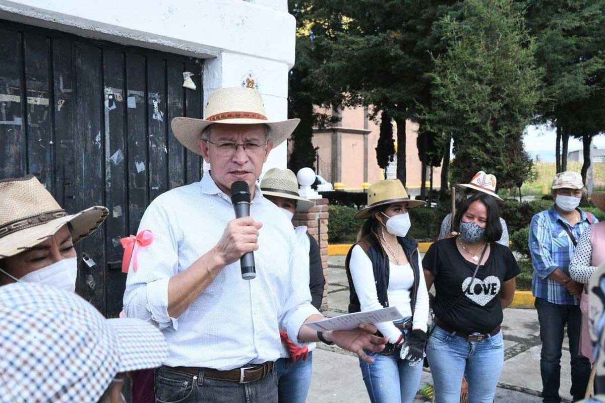 Raymundo Martínez Carbajal trabajará por la salud de las mujeres en Toluca